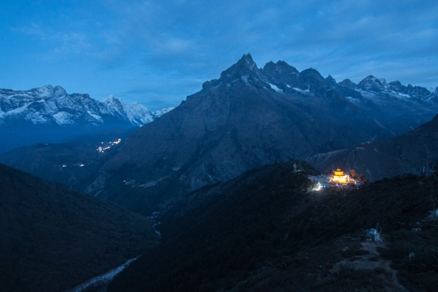 tengboche-at-dawn
